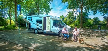 Gemeente verbetert verlichting camperplaats Centraal Beheer in Apeldoorn
