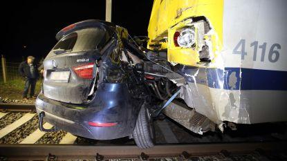 Dit verklaart de talrijke (bijna) ongevallen met treinen in Lede: zeven overwegen op amper 3,5 kilometer