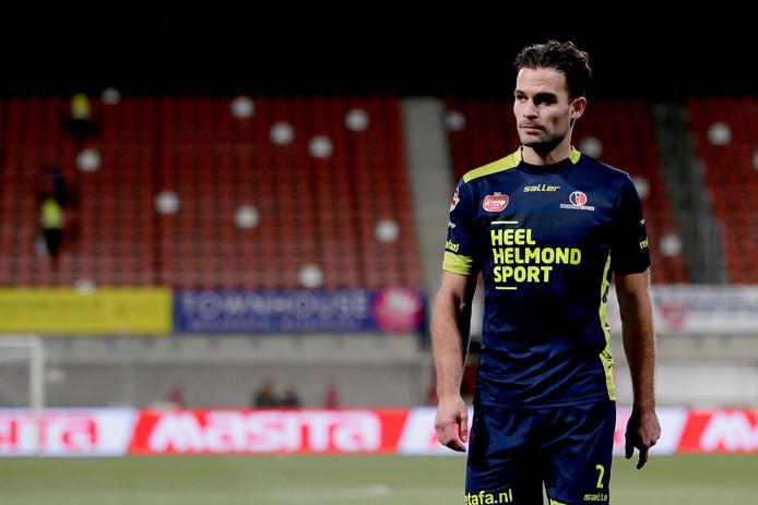 Helmond Sport kwam dankzij een eigen doelpunt van Guus Joppen al snel op achterstand. De Helmonders verloren met 4-1.