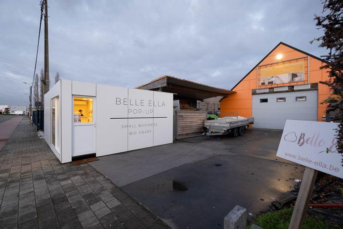 PUURS In haar pop-up store Belle Ella - een omgebouwde container van het Belgische leger - verkoopt Yana Vleminck babyspullen