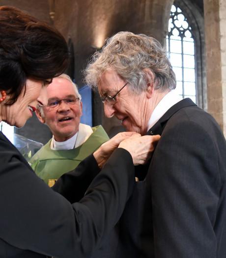 Kerkmusicus Anton de Kort pauselijk onderscheiden in basiliek Hulst