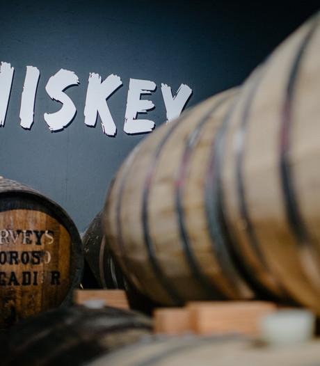 Fles whiskey van 25.000 euro gestolen