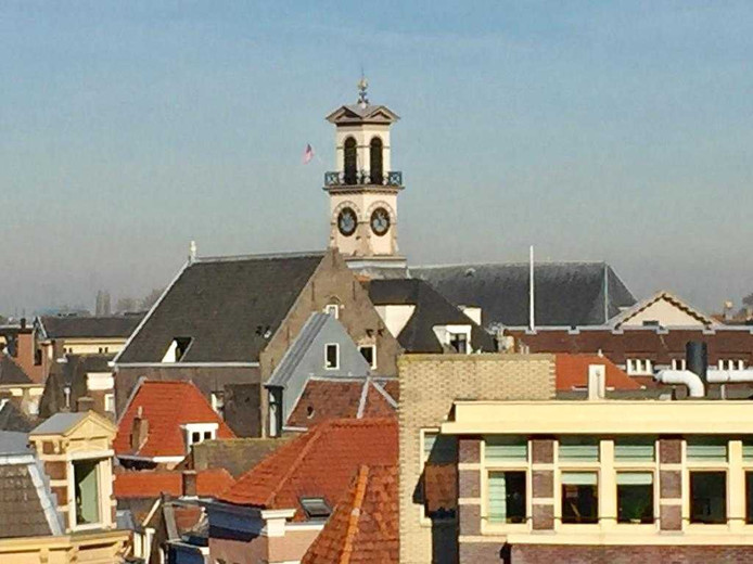 De Amerikaanse vlag wapperde vandaag in Dordrecht.