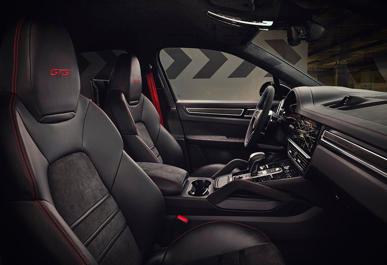 Het interieur van de Porsche Cayenne GTS