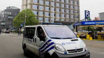 Man parkeert met gehandicaptenkaart van overleden persoon voor deur van Antwerpse politie