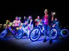 'Sprookjesdorp' Heinenoord licht één avond op om afscheid te nemen van de zomertijd