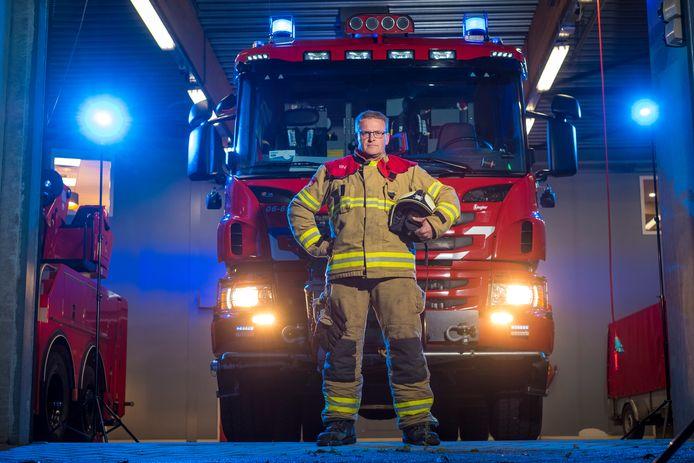 Hubert Bruijnes is een van de tien vrijwilligers die overdag kunnen uitrukken bij de brandweer in Elburg.