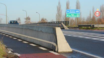 Na acht jaar durende klachtenregen: AWV gaat verkeerswisselaar op brug E17 eindelijk heraanleggen