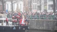 FOTOSPECIAL • Duizenden fans bezorgen Sinterklaas en Zwarte Pieten een warm onthaal in Oudenaarde