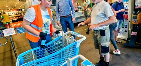 Korte lontjes in supermarkt Puttershoek: huilende vakkenvullers na wéér een scheldkanonnade