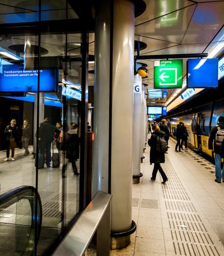 Schiphol dreigt met geding om bereikbaarheid ov-staking
