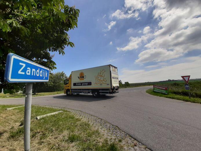 Als het aan de gemeente ligt, komt er ter hoogte van de Olzendedijk een nieuwe weg richting het industrieterrein.