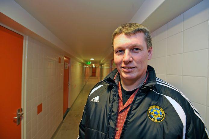 Peter Rutgers (op archief als trainer bij Victoria Boys) vindt dat zijn ploeg de draad goed opgepakt heeft nadat het duel stil heeft gelegen.