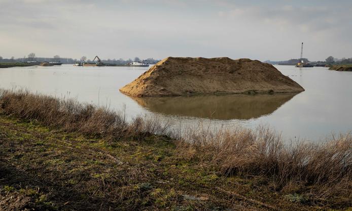 Zandwinningsgebied Over de Maas bij Dreumel.