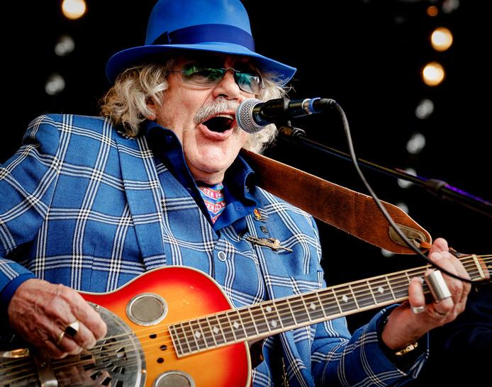 Bennie Jolink tijdens het laatste concert in Lochem op Hemelvaartsdag.