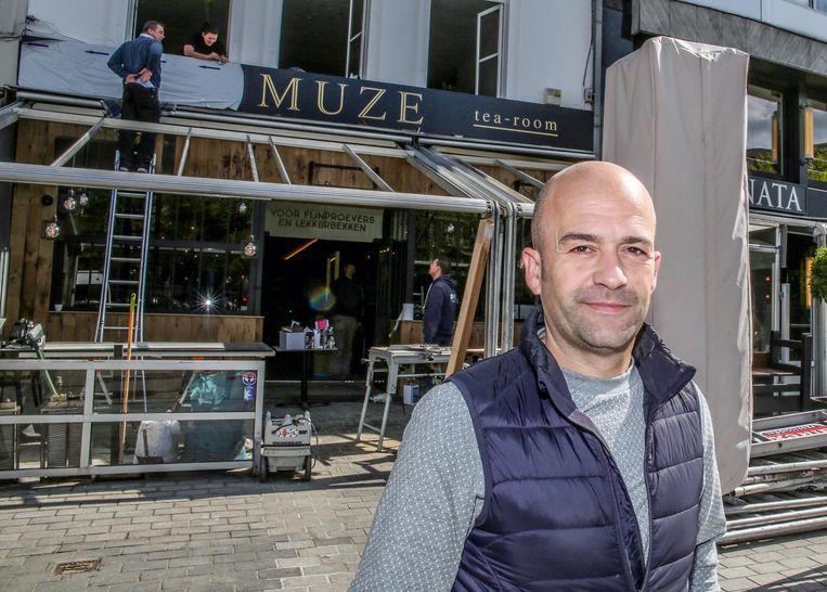 De Roeselaarse horecapaus Olivier Desmet neemt nu ook brasserie Muze en restaurant La Bohème over, allebei op de Grote Markt in Kortrijk.