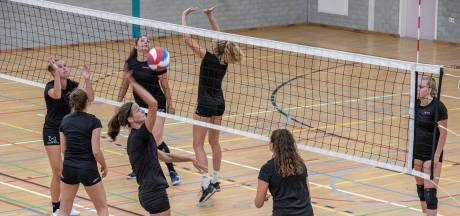 Volleybalclub FAST legt hervatte training alweer stil