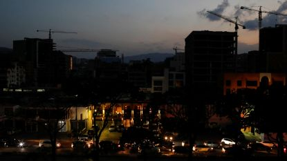 Stroomstoring Venezuela gaat vierde dag in: tientallen doden in ziekenhuizen
