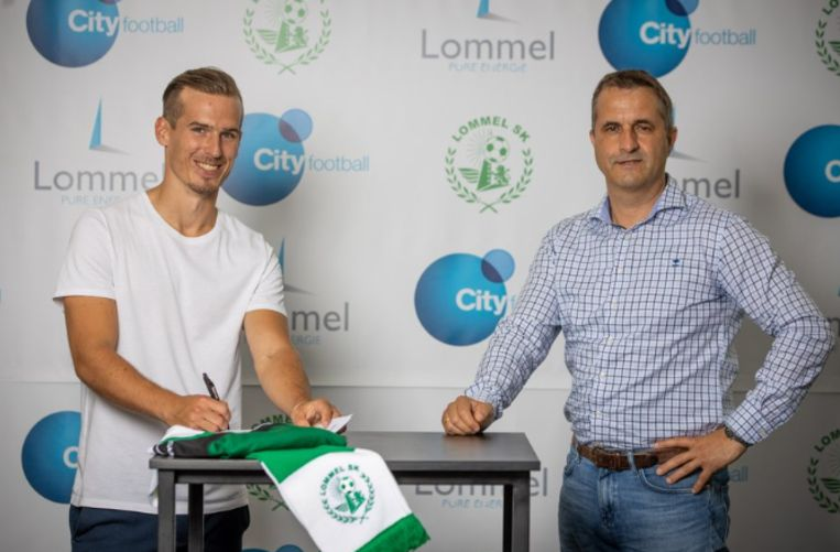Stijn Wuytens en technisch directeur Ronny Van Geneugden.