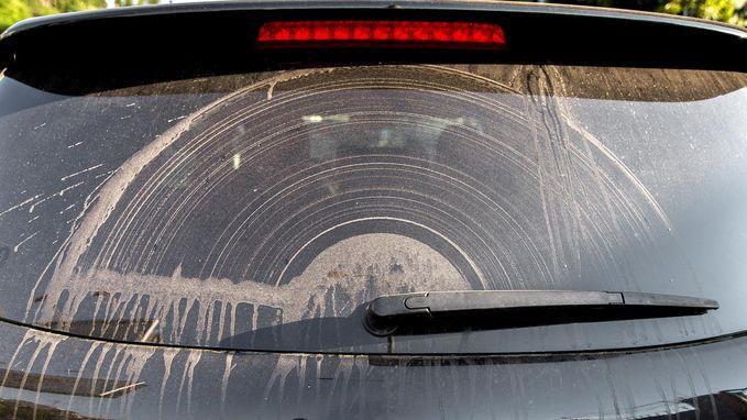 Laagje zand op je auto? Daar zit Ophelia voor iets tussen
