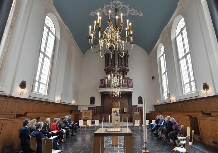 Een intiem concert voor blokfluit en orgel en een receptie besloten de bijeenkomst.