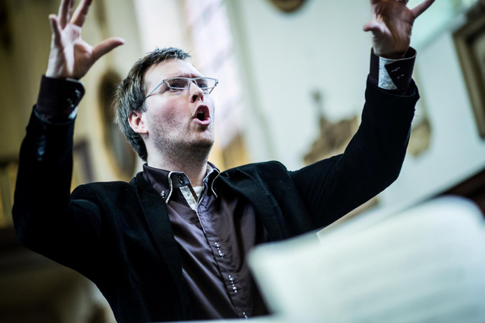 "Bart Naessens: ''Dit seizoen behalve de familie Bach ook onder andere Kuhnau, Schütz en Händel."""