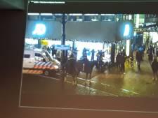 Jongen (15) aangehouden in verband met plunderplannen, politie ook vanavond op scherp