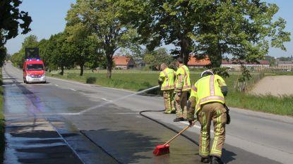 Brandweer uren in de weer met wegpoetsen mestspoor in Tielt