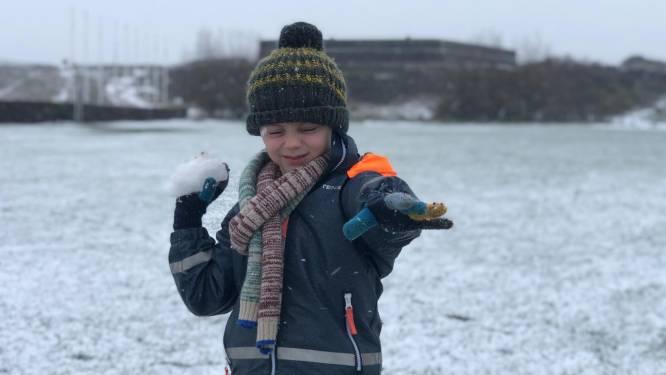 Oostende en Bredene bedekt met winters laagje, de sneeuwpret kan (heel even) beginnen