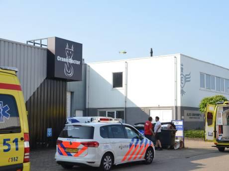 Man zwaargewond bij bedrijfsongeval in Zevenhuizen