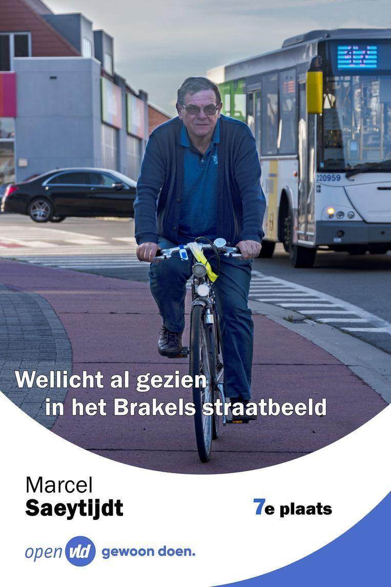 Het beeld van Marcel op zijn 40 jaar oude Novy is zo typisch, dat hij het gebruikt als campagnebeeld.