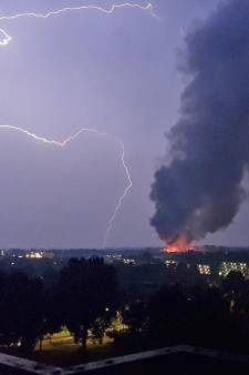 Grote brand in Ede legt school compleet in de as