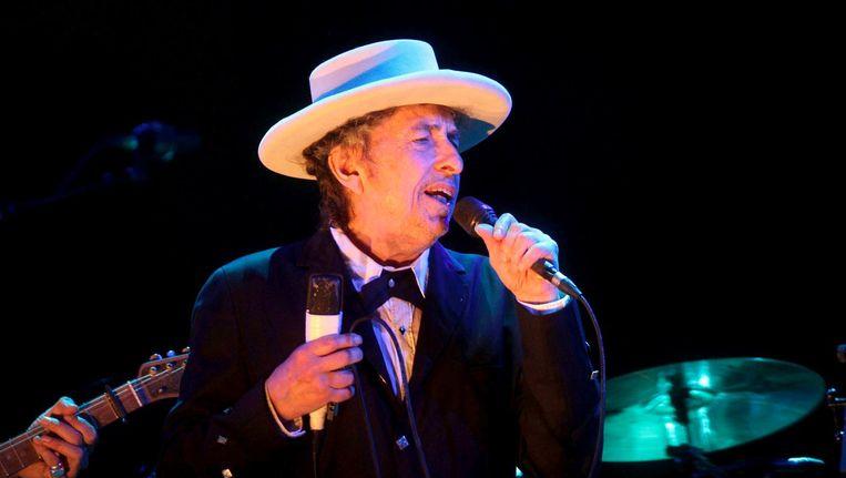 Bob Dylan tijdens een optreden in Benicassim, Spanje, in juli 2012. Beeld epa