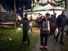 Winterse weer speelt Christmas Fair in Oldenzaal parten