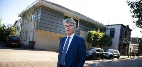 Notaris Laurent Mostart uit Beek neemt afscheid na 40.000 aktes