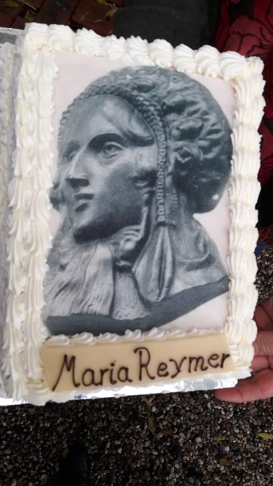 Taart met een afbeelding van Maria Reymer.