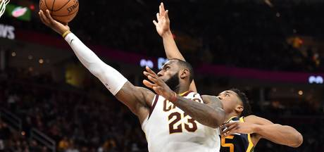 Cleveland en Houston denderen door in NBA