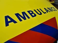 Fietser en bromfietser gewond na botsing met auto in Eindhoven