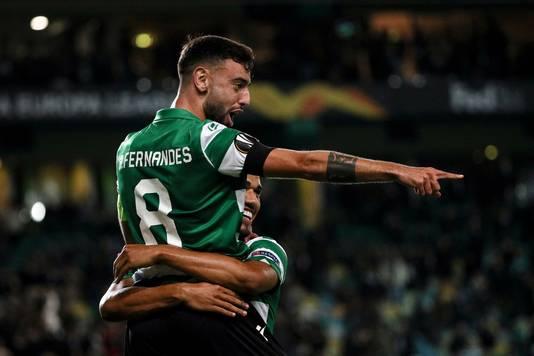 Bruno Fernandes viert de goal.