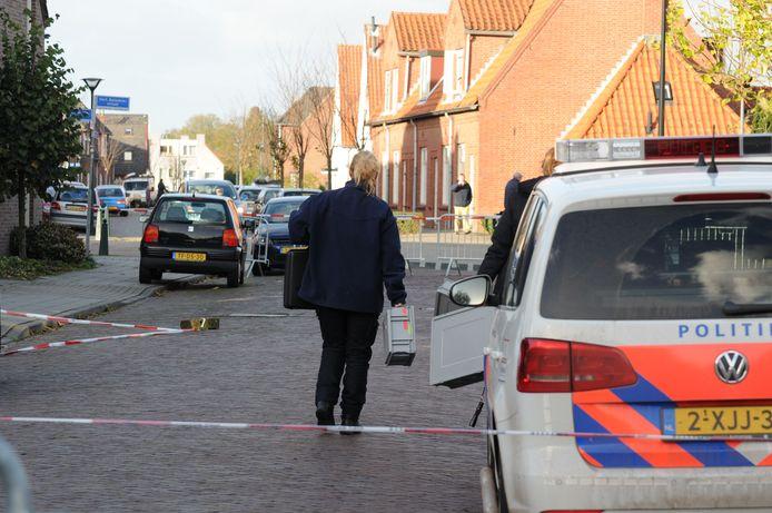De plek in de Verlengde Morsestraat in Winterswijk waar Deme Lulaj naar nu blijkt dodelijk is verwond.