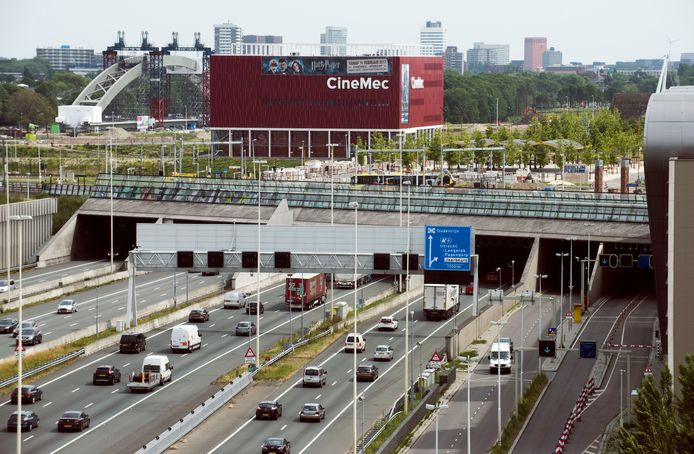 De noordelijke ingang van de A2-tunnel bij Leidsche Rijn