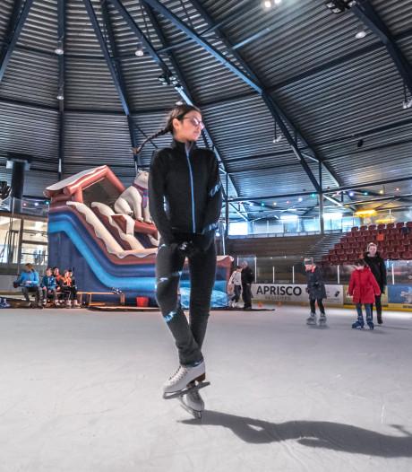 Zoetermeer viert carnaval op schaatsbaan