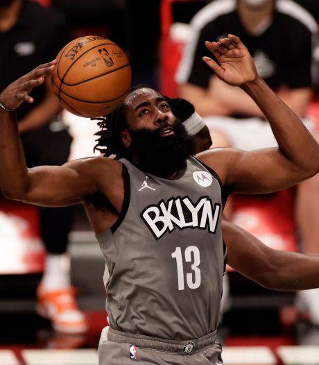Harden helpt Nets aan winst, hoofdrol James bij Lakers