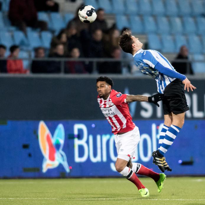 Jurgen Locadia kwam vorig seizoen in actie tegen FC Eindhoven.