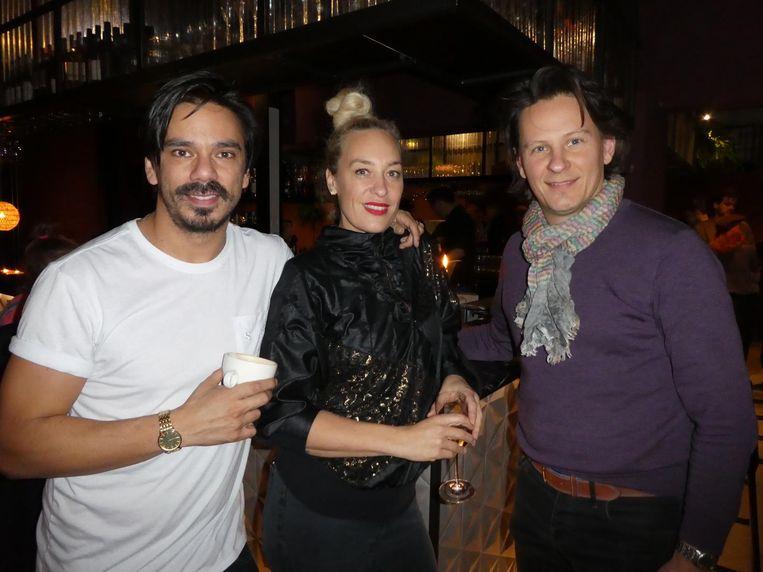 Sebastiaan van Bokkel (Bobby's Gin), Petra Sluijters (Hypnose.centrum.amsterdam) en Wilfred Barenbrug (Neope. 'Private equity, maar fris. Snap je? Neo-p.e.') Beeld Hans van der Beek