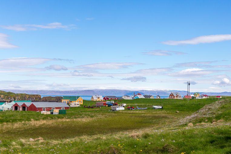 Op het groene eiland met kleurrijke huisjes zijn er maar zes vaste inwoners.