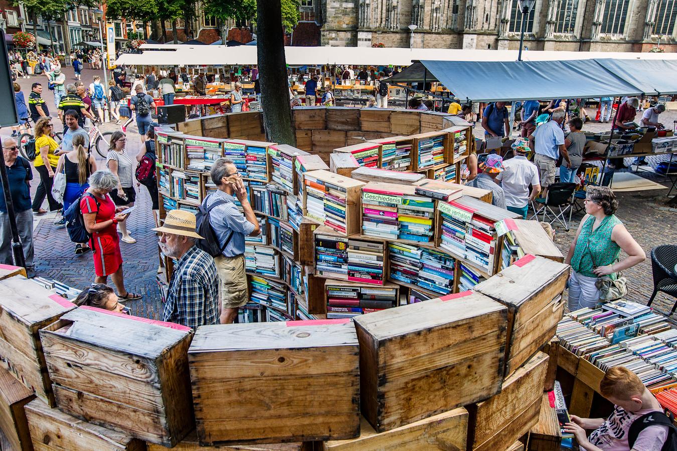 In het centrum van Deventer kon je boeken krijgen in allerlei soorten en maten.