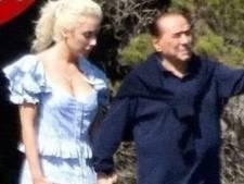 Silvio Berlusconi s'affiche avec sa nouvelle fiancée