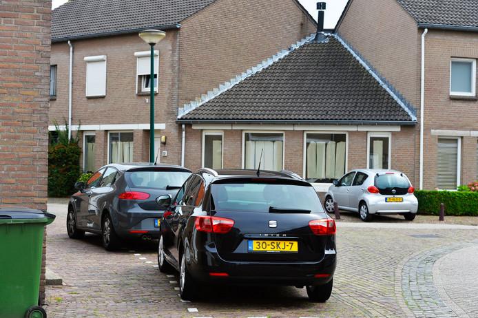 De parkeerdruk in de Lievekenshoek is de laatste jaren toegenomen.