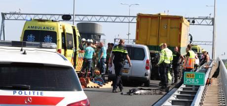 Drie gewonden bij ernstig ongeluk op N50, weg in beide richtingen dicht tussen Kampen en Emmeloord